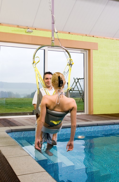 Handi-Move - Ceiling motor as pool lift