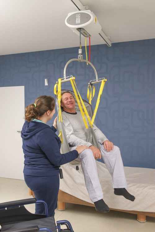 Handi-Move -  - Efficient and quick solution for attendant care - Ceiling motor , Standard spreader bar
