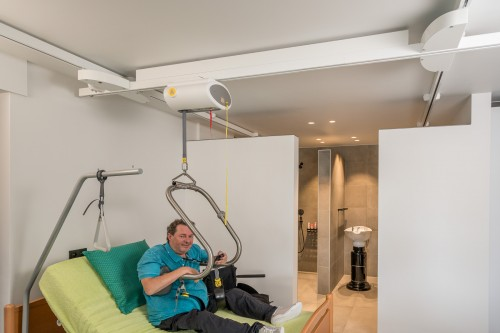 Handi-Move  - Electrical Traverse Rail, Ceiling track installations