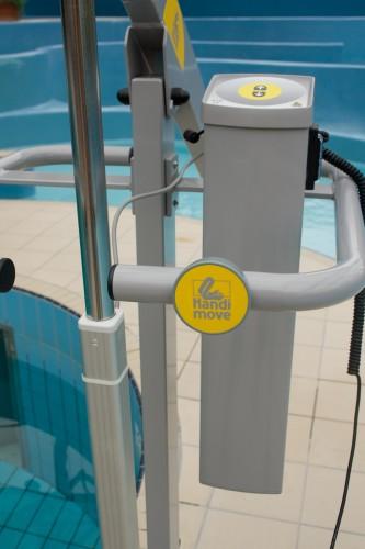 Handi-Move  - Mobile pool lift