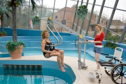 Mobile pool lift  , Handi-Move Body Support®
